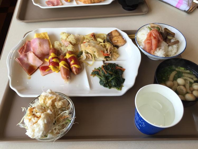 ベッセルホテル苅田の朝食 バイキングで一杯食べられる