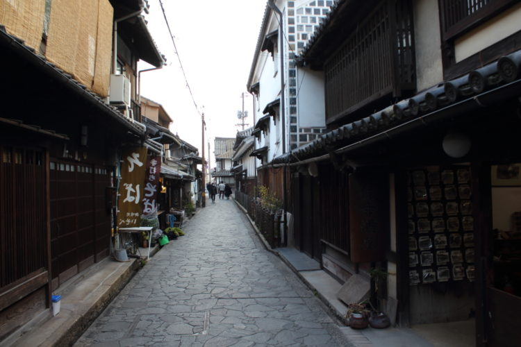 福山 鞆の浦 流星ワゴンのロケ地 石畳の道