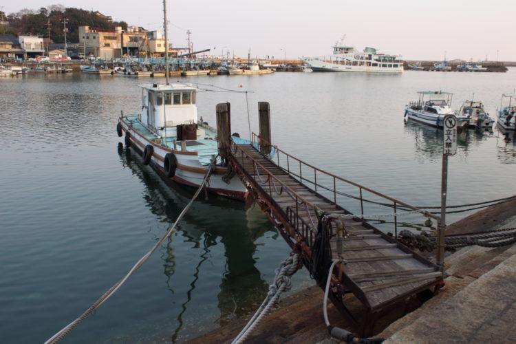 福山 鞆の浦 流星ワゴンのロケ地 常夜灯広場前の漁船