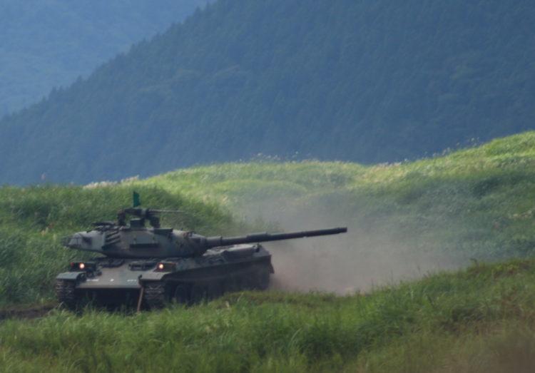 74式戦車ナナヨンは、陸上自衛隊が61式戦車の後継として開発、配備された国産二代目の主力戦車 愛称は「ナナヨン」。