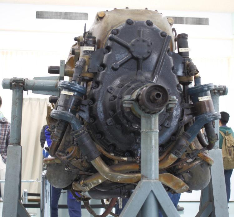 三式戦飛燕の発動機 ハ140 シャフト
