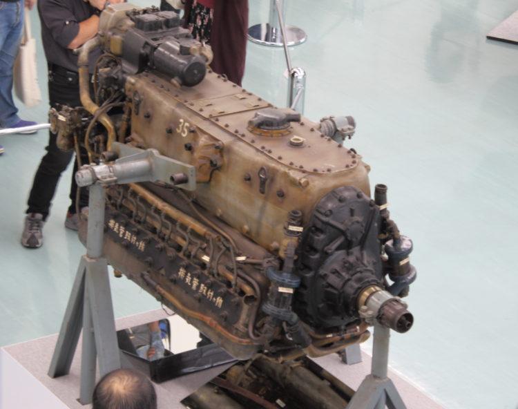 三式戦飛燕の発動機 ハ140 シャフト部上から